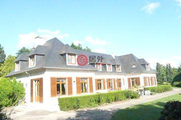 居外网在售法国7卧5卫的房产总占地20000平方米EUR 740,000