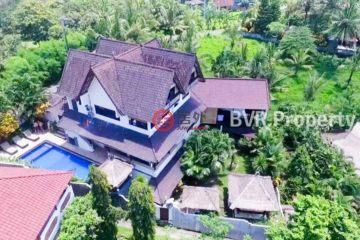 居外网在售印尼达巴南USD 895,000总占地1050平方米的商业地产