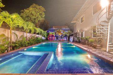 居外网在售柬埔寨6卧4卫最近整修过的房产总占地99平方米USD 1,200,000