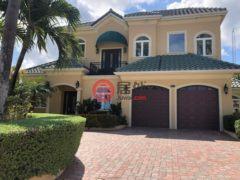 居外网在售开曼群岛5卧4卫的房产总占地1335平方米USD 1,828,700