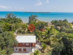居外网在售伯利兹伯利兹市3卧2卫的房产总占地890平方米USD 375,000