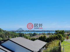 居外网在售新西兰陶朗加4卧3卫的房产总占地711平方米