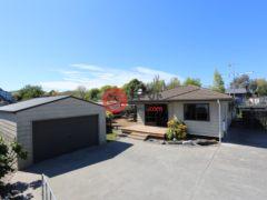 居外网在售新西兰4卧1卫的房产总占地720平方米