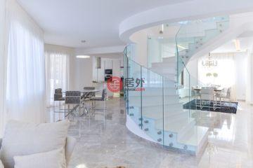 居外网在售塞浦路斯Agios Tychon5卧3卫的房产总占地4200平方米EUR 2,950,000