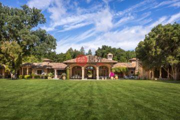 居外网在售美国6卧10卫特别设计建筑的房产总占地1平方米USD 50,000,000
