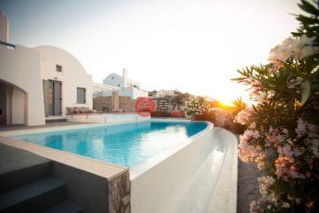 居外网在售希腊17卧最近整修过的房产总占地4000平方米EUR 8,800,000