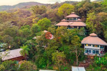 居外网在售哥斯达黎加12卧17卫的独栋别墅总占地465平方米CAD 2,500,000