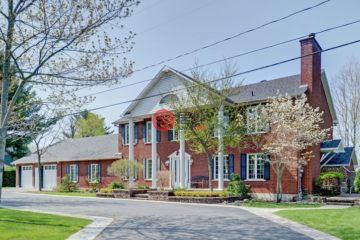 居外网在售加拿大5卧3卫局部整修过的房产总占地3484平方米CAD 1,369,000