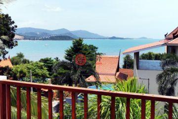 居外网在售泰国6卧3卫原装保留的独栋别墅总占地650平方米THB 12,800,000